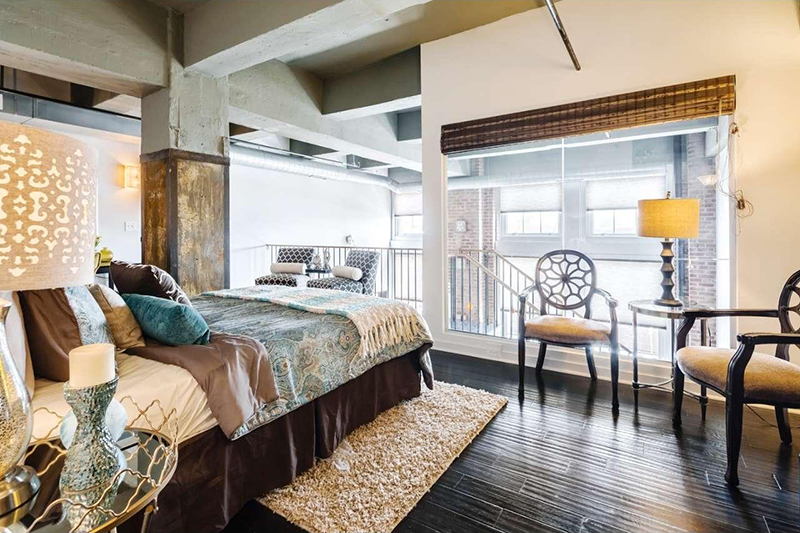 Washington Avenue loft available March 2017 - d
